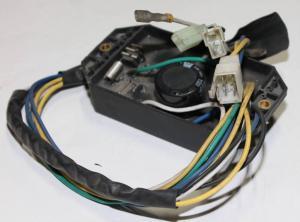 AVR KDE6500E, KGE6500E автоматический регулятор напряжения